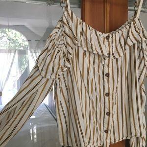 Size 2x striped boho cold shoulder top